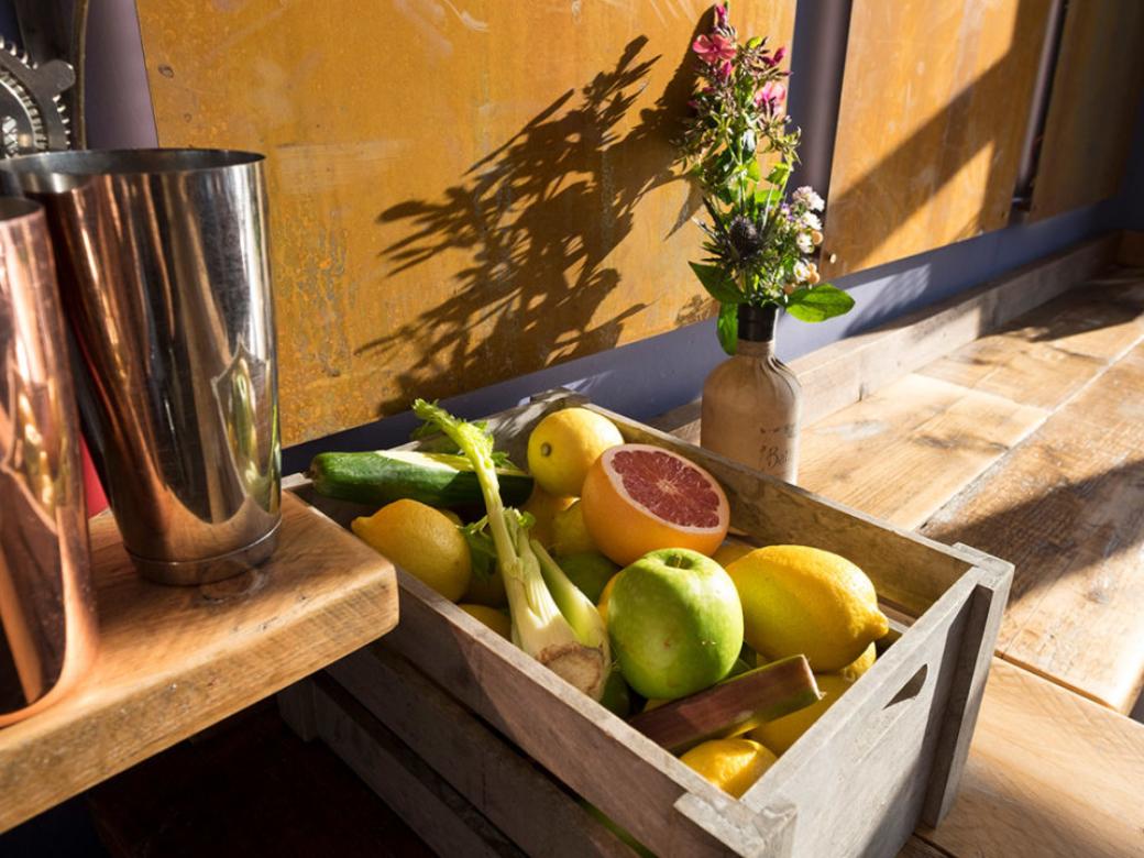 fruit - Moon & Sixpence